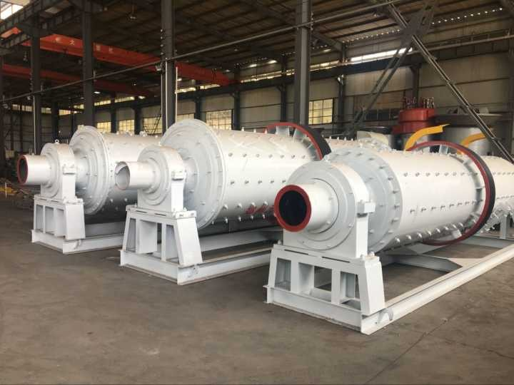 Working efficiency of wet small ball mill